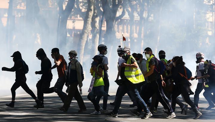 Акции в Париже: задержания, погромы и поджоги