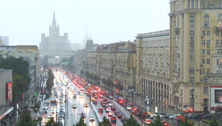 Ливень в Москве затопил некоторые подземные переходы