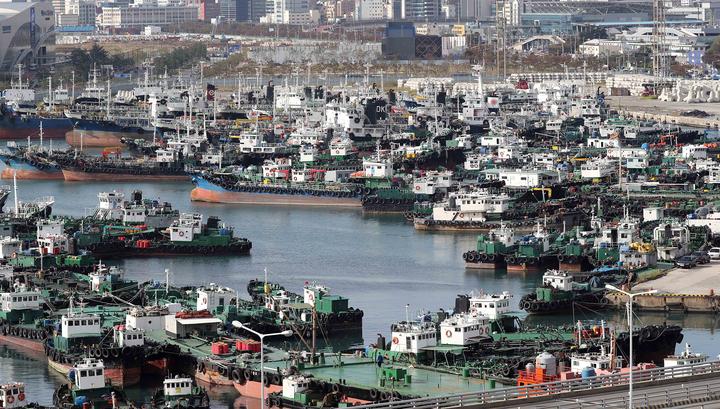 Пандемия заперла на судах тысячи российских моряков