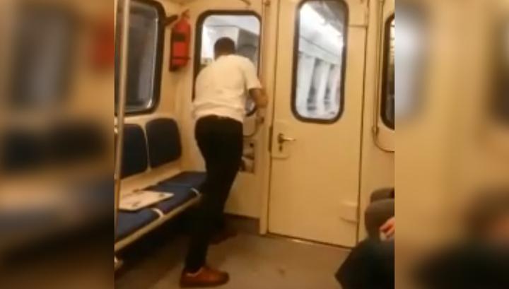 Появилось видео отцепившегося вагона во время сбоя на Большой кольцевой линии
