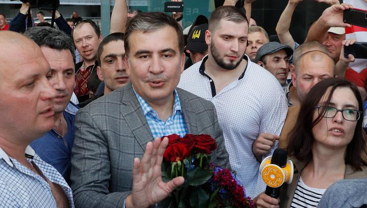 Саакашвили снял свою партию с выборов в Раду ради Зеленского