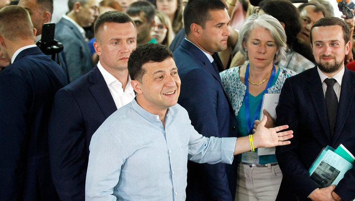 Зеленский готов выполнять обещания и говорить с российскими журналистами