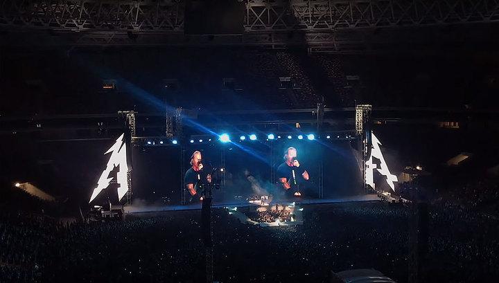 """Metallica на концерте в Москве исполнила """"Группу крови"""" Цоя"""
