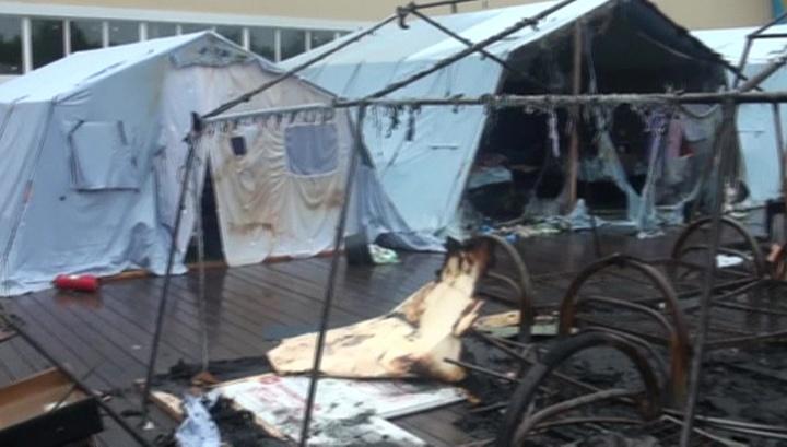 20 сгоревших палаток: пожарных в лагерь вызвали не сразу