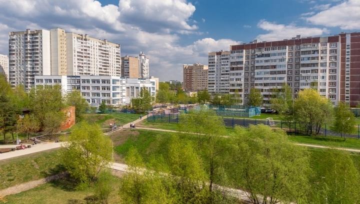 Названы районы Москвы с самыми дешевыми комнатами