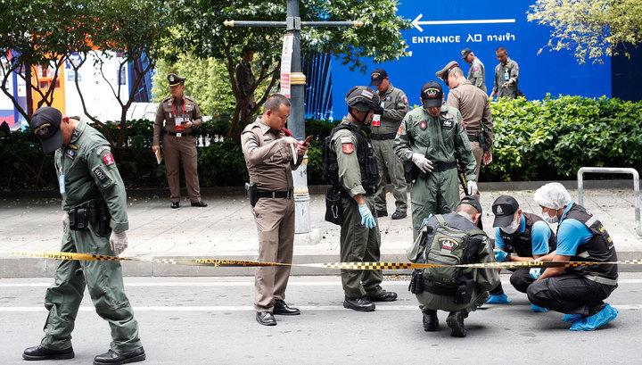 Неизвестный открыл стрельбу в торговом центре Бангкока