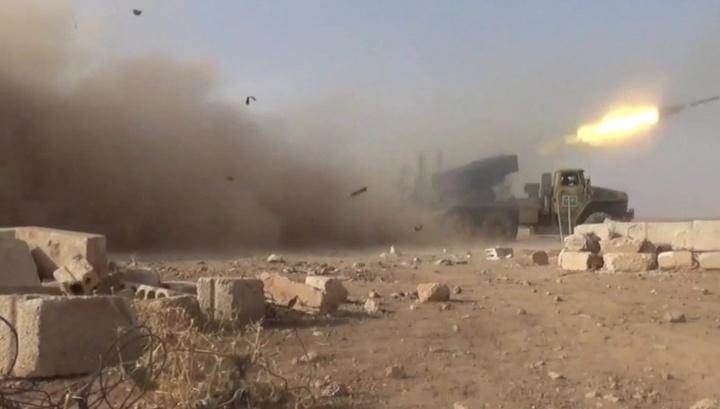 Танки, БМП и смертник в машине: сирийские военные отбили атаки террористов