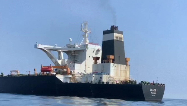 США угрожают всем, кто связан с иранским танкером