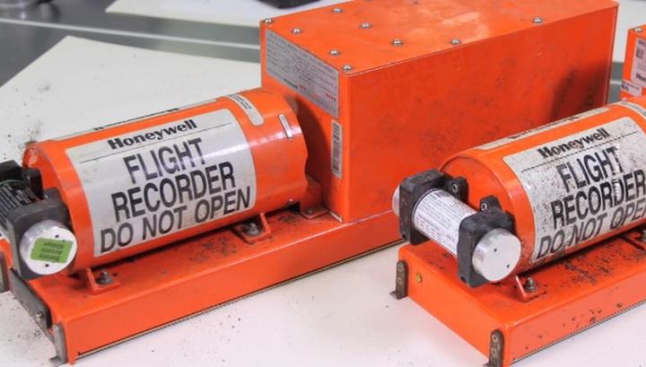 Аварийная посадка в Подмосковье: МАК оценил состояние самописцев Airbus