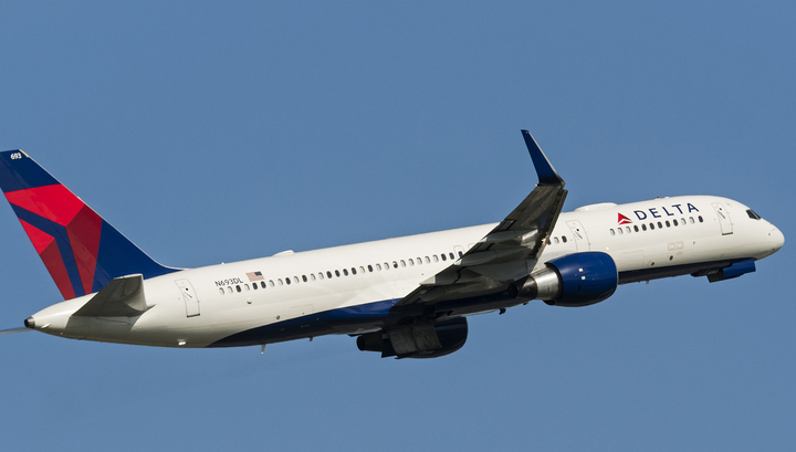 Boeing 757 авиакомпании Delta Air Lines совершил жесткую посадку на Азорах