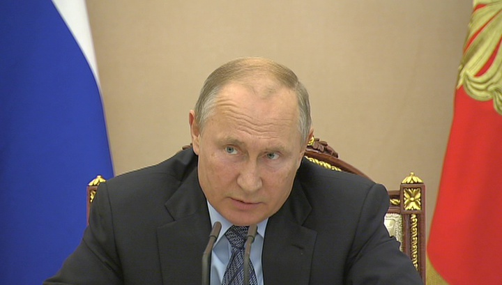 Путин дал поручения крымским чиновникам