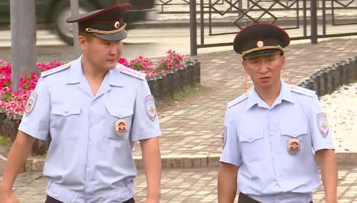 Обыкновенные герои: полицейские спасли людей из горящего автобуса