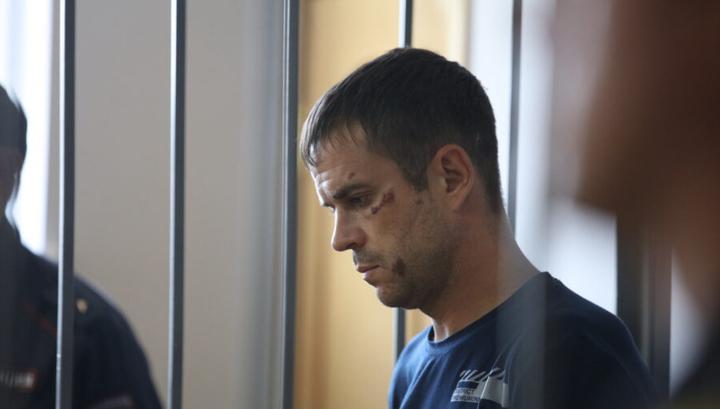 Житель Саранска, чуть не выбросивший дочь с балкона, арестован на два месяца