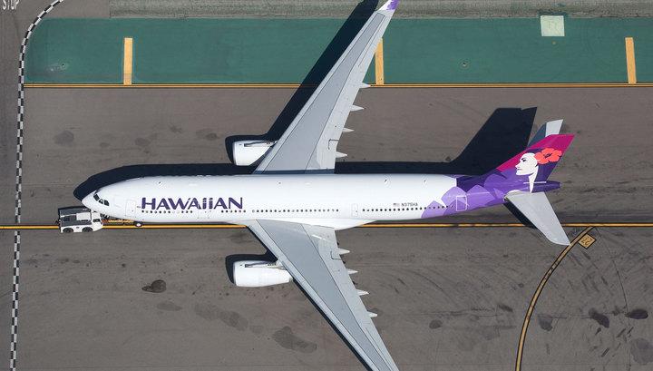 Пассажирский борт совершил аварийную посадку на Гавайях