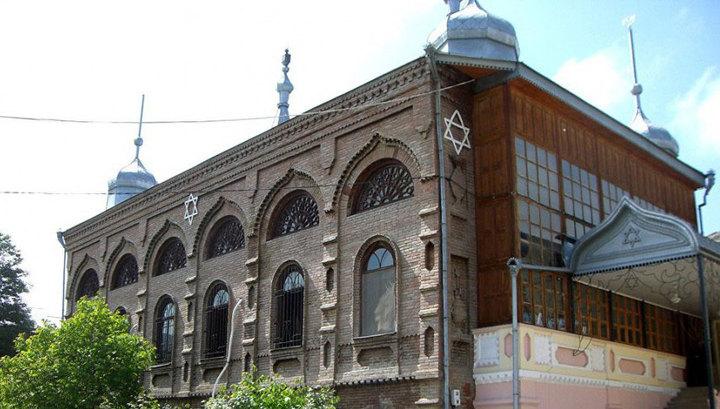 Первый в мире музей горских евреев, построенный Годом Нисановым и Зарахом Илиевым