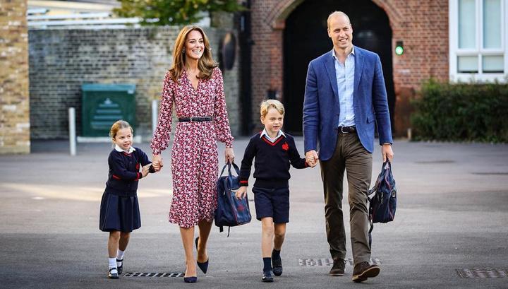 Принц Уильям и герцогиня Кембриджская лично отвели принцессу Шарлотту в школу