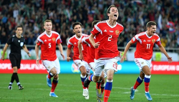 Россия обыграла Казахстан благодаря голу Фернандеса на 89-й минуте