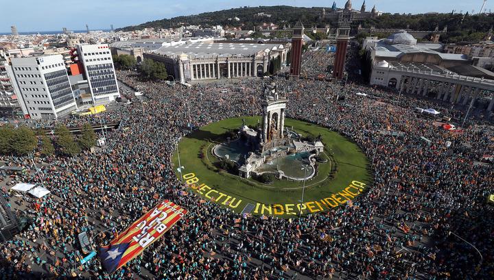 В Барселоне прошел митинг в национальный день Каталонии