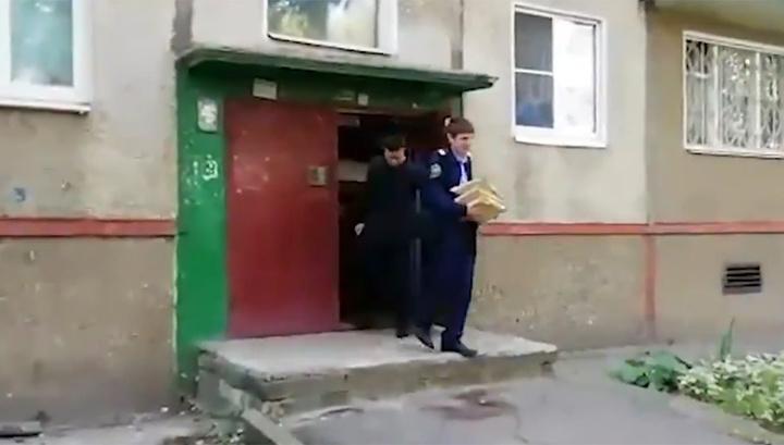 Müxalifət tərəfdarlarının evində axtarış - RUSİYADA