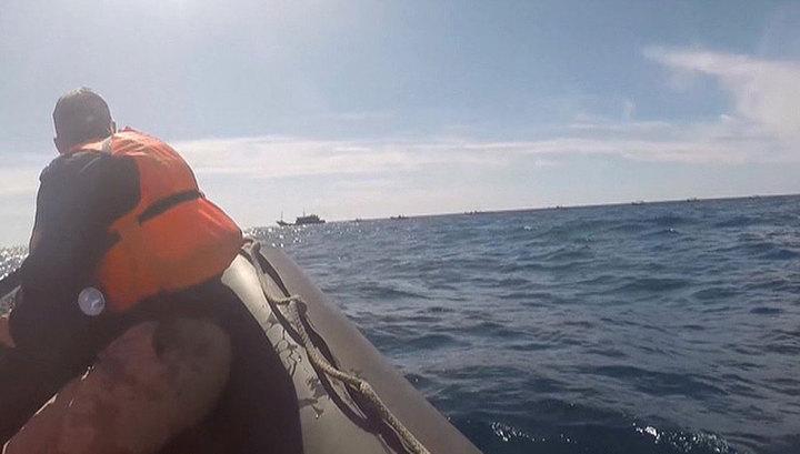Задержанных в Японском море браконьеров доставили в порт Находка