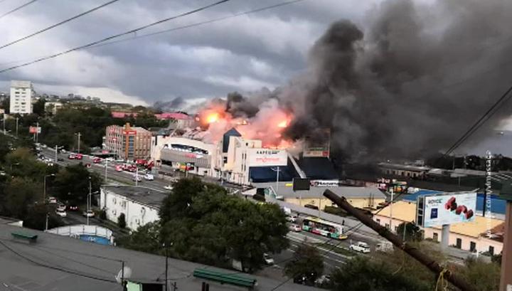 МЧС: версия со взрывом газового баллона в ТЦ Владивостока не подтверждается