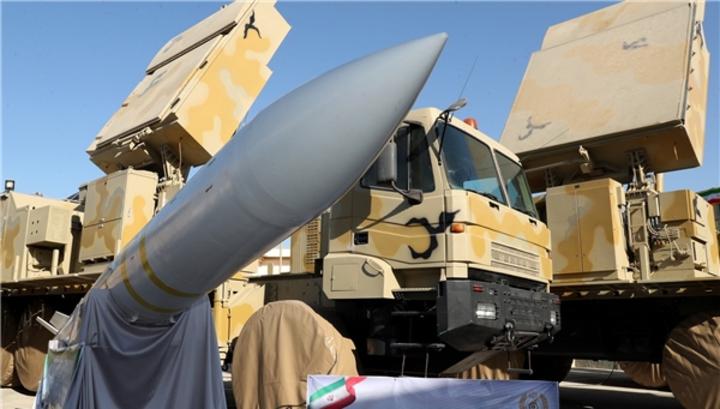 Иран продемонстрировал ракету с новой боеголовкой