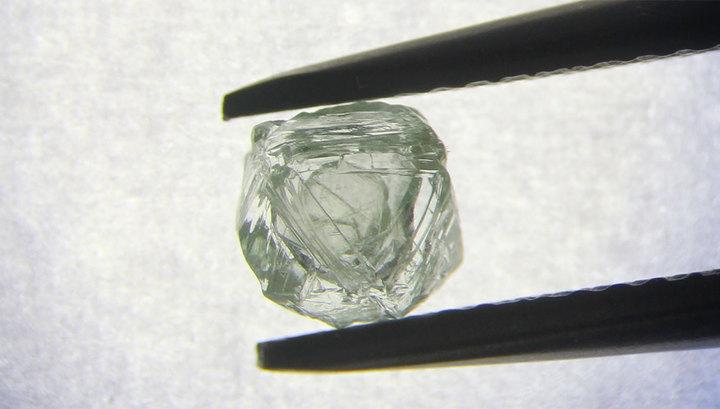 В России найден уникальный алмаз-матрешка