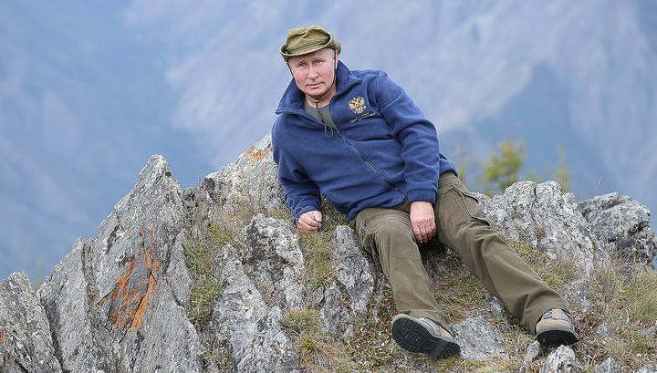 Putin nazirlə ocaq qaladı: Prezidentin başı buludlara dəyir - FOTO - VİDEO