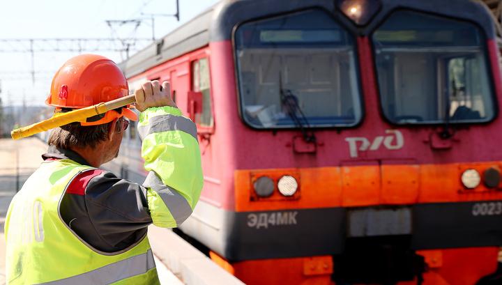 Обрыв линий: после урагана в Центральной России задерживаются более 10 поездов