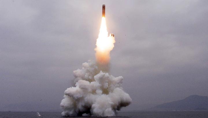 КНДР запустила неизвестную ракету в сторону Японского моря