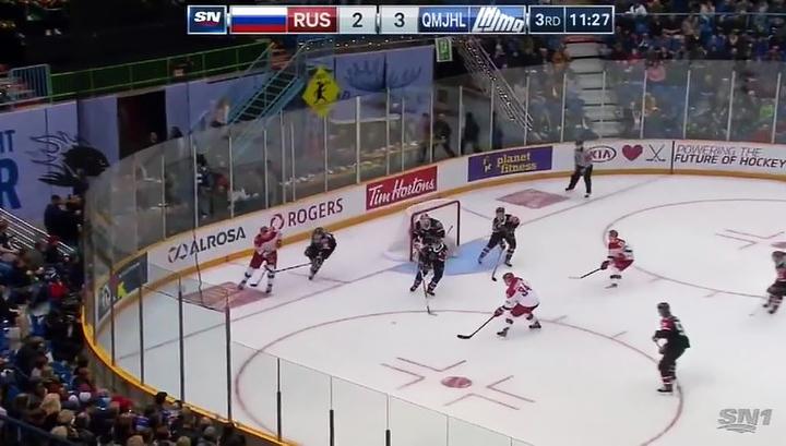 Российские хоккеисты одержали волевую победу на старте молодежной Суперсерии