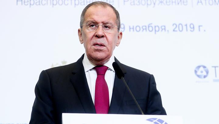 Россия не откажется от ядерного оружия, заявил Лавров