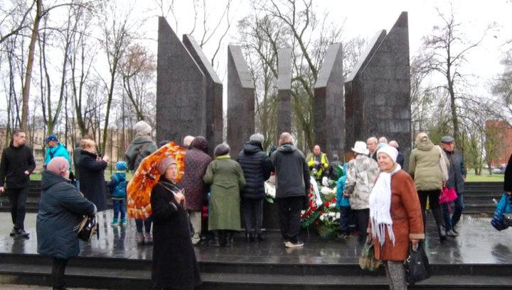 В латвийском Даугавпилсе зажегся вечный огонь