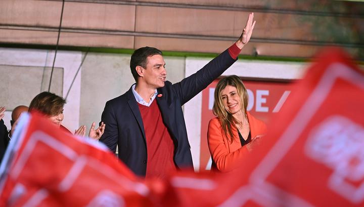 Испанские социалисты победили на выборах, но большинства у них нет