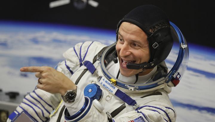 Американский астронавт Морган промочил ноги в открытом космосе