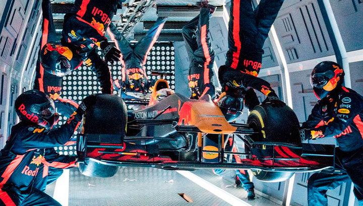 Переобулись в полете: Red Bull провел пит-стоп в невесомости
