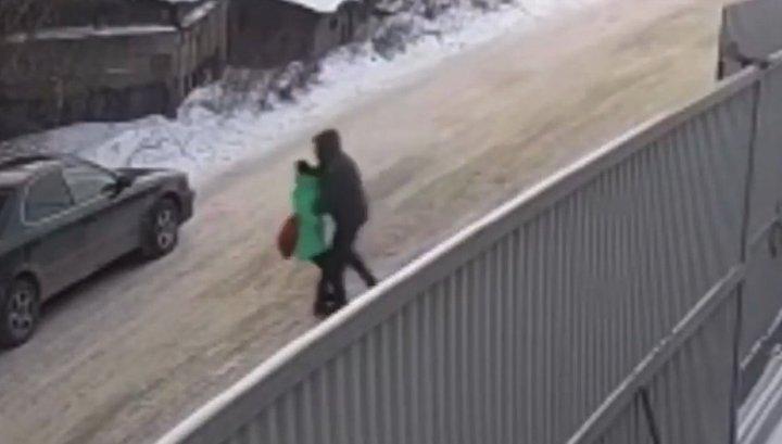 Иркутский школьник спас похищенную педофилом девочку