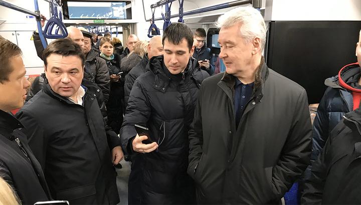 Собянин и Воробьев проехали по Московским центральным диаметрам
