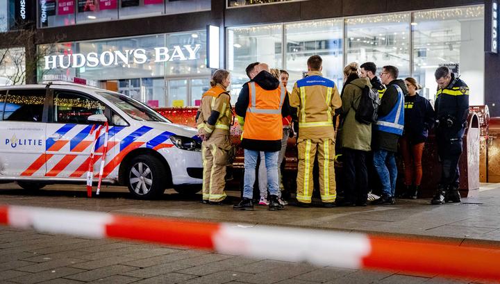 Нападения в Лондоне и Гааге: хроника событий