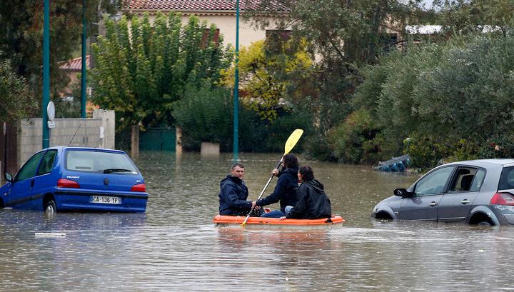 На юге Франции объявлен оранжевый уровень опасности из-за наводнения