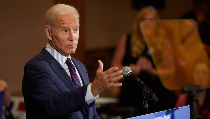 У Байдена сдают нервы. Кандидат от демократов обругал пожилого человека на встрече с избирателями