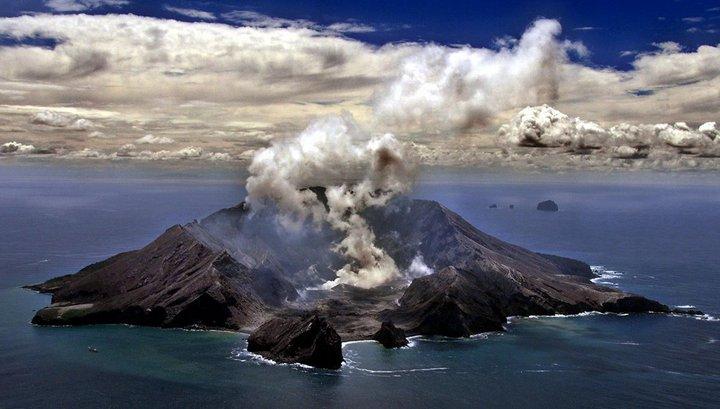 Смертоносное извержение вулкана в Новой Зеландии сняли на видео