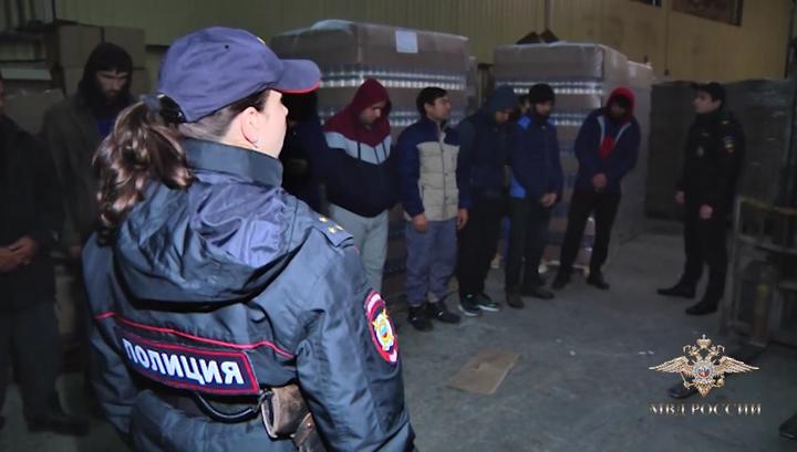 В Калужской области пресекли деятельность нелегального цеха по производству алкоголя