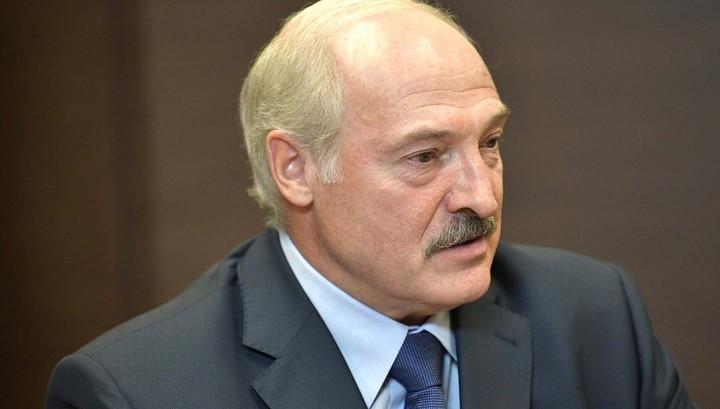 Лукашенко анонсировал повышение пенсий и напомнил о страданиях белорус