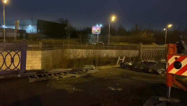 В Москве в Яузу упал автомобиль, есть погибшие