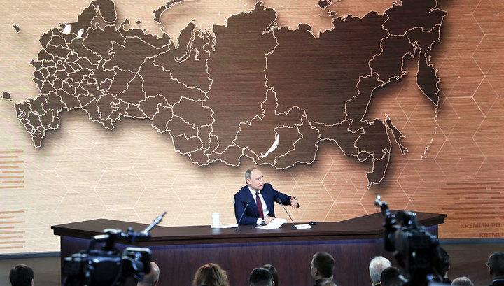Приравнивать сталинизм к фашизму - верх цинизма, уверен Путин