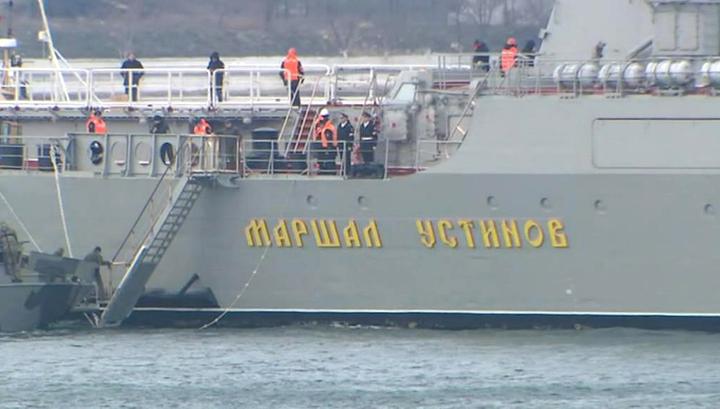 Путин следил за учениями двух флотов с борта ракетного крейсера