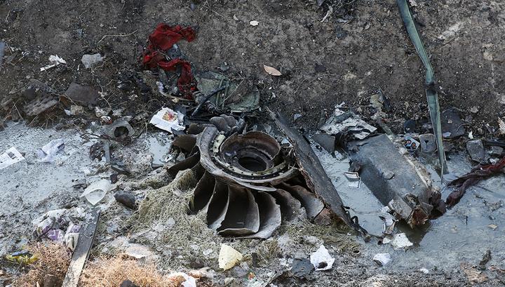 Зеленский: версия о ракете не подтверждена, но и не исключена