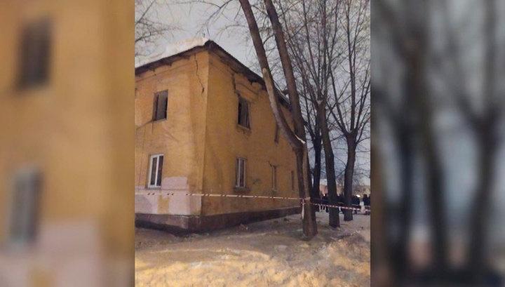 В жилом доме в Уфе взорвался газ, пострадали три человека