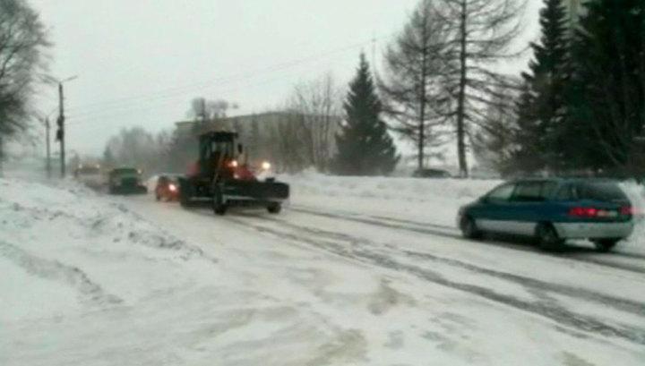В Алтайском крае объявлено штормовое предупреждение из-за метели